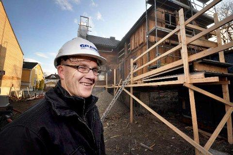 UTGÅR: Foretaksregisteret i Brønnøysund melder at daglig leder utgår for selskapet Krokvegen AS. Til nå har  Morten Hynne vært daglig leder.