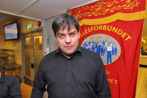 –  ENESTE BØRSNOTERTE: – At Norske Skog nå blir det eneste store børsnoterte selskapet som ikke har ansattvalgte fullverdige styremedlemmer i konsernstyret er ille. Det er i strid med norsk bedriftsdemokrati, sier styremedlem med observatørstatus Svein Erik Veie i Norske SKogs konsernstyre.