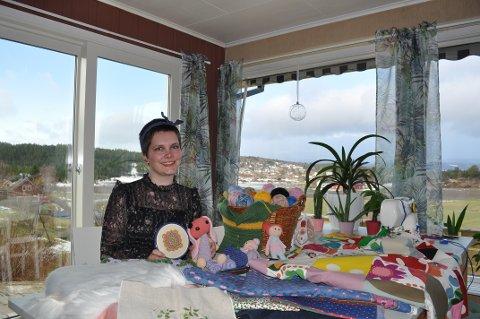 KREATIV: Elena Synnøve Sagen Tranås starter opp eget foretak. Hun er veldig spent på dette prosjektet.