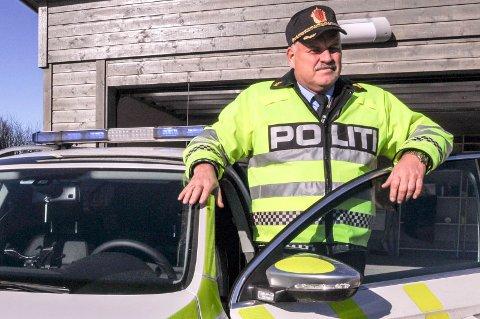 Lensmann Svein Engen i Aurskog-Høland ber folk passe ekstra godt på hundene sine.