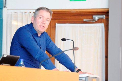 Erik Johansen fra Sørumsand er kritisk til vedtak om vannlevering