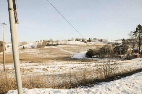 Bygges ut: Fossumjordet på Sørumsand skal bygges ut med 600 boliger og én barnehage. Læringsverkstedet skal stå for utbygging av den private barnehagen.Foto: Anita Jacobsen