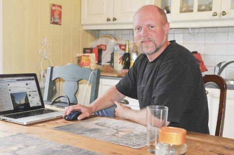 OPPGITT.: Jakt- og villmarksfotograf Kristoffer Clausen blir utsatt for de groveste trusler på internett. Nå roper han et varsku for denne utviklingen som han kaller et voksende samfunnsproblem. Foto: Øivind Eriksen