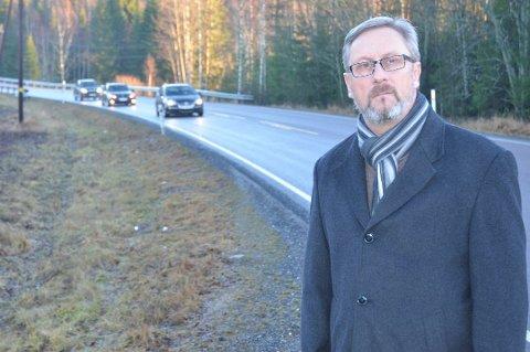 Advarer: Trykk Trafikk-direktør Jan Johansen fra Aurskog ber folk om å være varsomme i trafikken.
