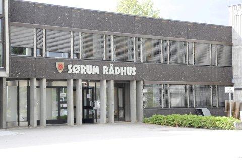 Ikke fornøyd: Kvinnen, som jobbet i Sørum i 40 år, er langt fra fornøyd med lederstilen i Sørum kommune om dagen. Hun ønsker ikke å stå fram med navn og bilde.Arkivfoto