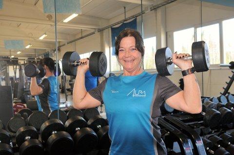 Fyller 50: Elisabeth Melby Hagen eier og driver treningssenter i hjembygda Aurskog, og har det som plommen i egget. Foto: Øivind Eriksen