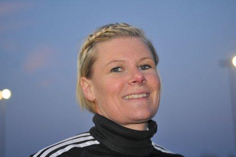 Elene Moseby Torre og hennes lagvenninner i Aurskog-Høland FK fikk en god start i årets 3. divisjon. Foto: Øivind Eriksen