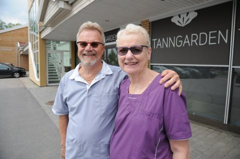 Takker for seg: Ekteparet Rita Tilley og Leif Herman Wilberg slutter i sin tannlegepraksis 1. juli