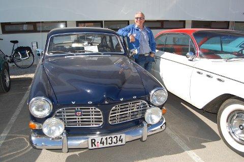 50 BILER: Ivar Dammerud har hatt minst 50 biler og 13 bilmerker! De siste årene har Volvo stått øverst på ønskelista!