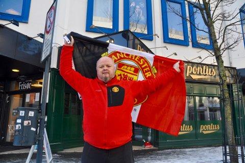 Reidar Øksnevad og Red Army Sandnes og Jæren har tro på full fest på lørdag etter at Solskjær fikk manager-jobben permanent.
