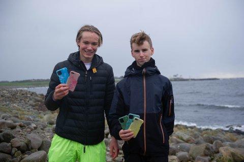 FRA BOSS TIL BUSINESS: Guttene bak Miljoprotecter gjør havplast på Jærstrendene om til mobildeksler.