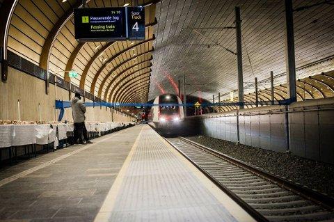FEIL HJULPROFIL: Alle NSBs tog må få dreid nytt hjulprofil før togene igjen kan kjøre i full hastighet gjennom Holmestrandsporten.