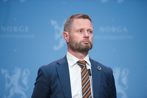 Må vente: Helse- og omsorgsminister Bent Høie iverksetter ikke trinn 4 nå, men kanskje fra midten av august.