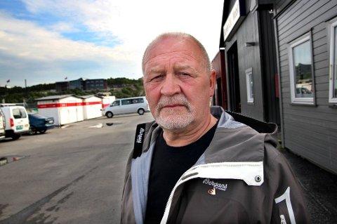 FORNØYD: Bjørner Gjetmundsen er leder for veilaget for Ishavsveien/Tårnetveien. Han er fornøyd med at Forsvaret tar utgiftene for å utbedre veien.