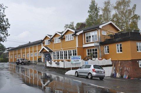 FYLLES OPP: Kragerø sportell.