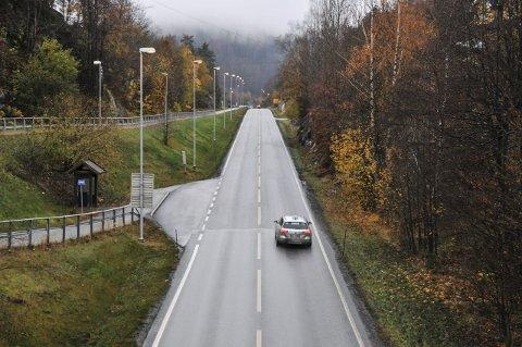 KALSTADSLETTA: Kjører man denne strekningen i retning Kragerø, er det flere som er usikker på fartsgrensen.