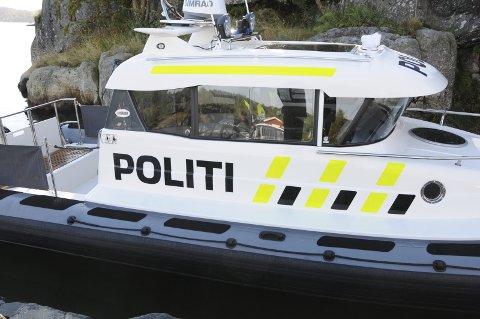 STOPPET: En politipatrulje stoppet den berusete mannen natt til 17. mai i år. ILLUSTRASJONSFOTO