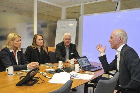 GledElige nyheter: F.v. Solveig Abrahamsen, Lena Marie Naper-Helgestad, Reidar Skoglund og administrerende direktør i Vistin Pharma Kjell-Erik Nordby.