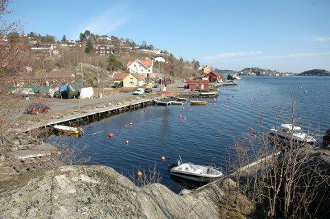 Her skal det etableres en ny småbåthavn med over 100 plasser. Prosjektet er imidlertid noe forsinket.