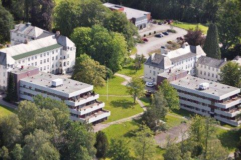 Valen sjukehus sett frå lufta. (Arkivfoto).