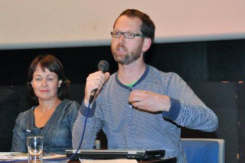 Hege Lægreid Røssland (SV) og Gaute Lund (Raudt) er toppkandidatar for dei to partia sitt nye listesamarbeid. (Arkivbilde).