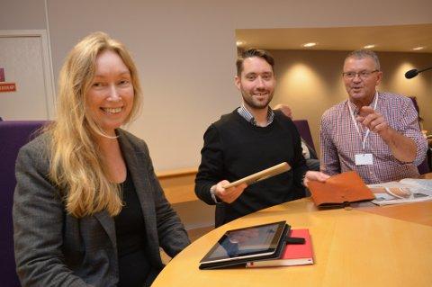 Elin Legland, Peder Sjo Slettebø og Leif Sverre Enes fekk medhald i kravet om at formannskapet ikkje skulle handsama saka om middagsproduksjon til institusjonane.