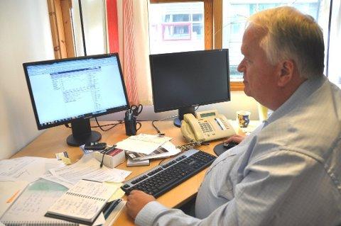 Økonomisjef Geir Mogren seier kommunen sitt kraftfond har vore av dei beste samanlikna med liknande fond. (Arkivfoto).