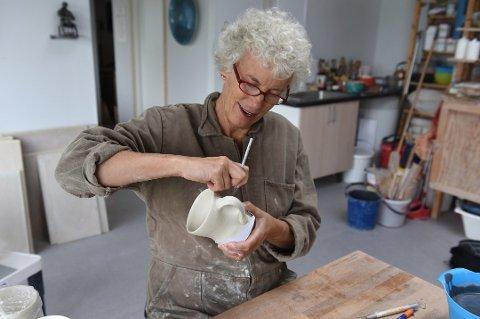 Frå 14. oktober er keramikar Elisa Helland-Hansen representert på utstillinga «Kunsthåndverk 2017», ikkje med keramisk gjenstand, men med ein video om ein keramisk gjenstand. (Arkivfoto).