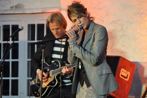 Kari Bremnes er ein fast og populær gjest i Baroniet Rosendal. (Arkivfoto).