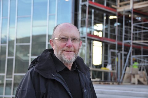 Leiar i Kvinnherad mållag, Kristian Olav Bringedal, seier den nye læreplanen sitt punkt om sidemål blir tema på neste styremøte.