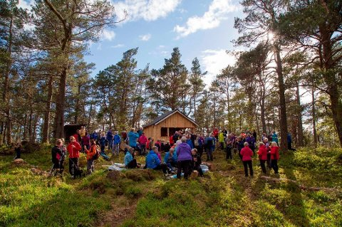 14.507 personar skreiv namnet sitt i boka ved rastehytta på Kaldestadåsen i 2019. (Arkivfoto).