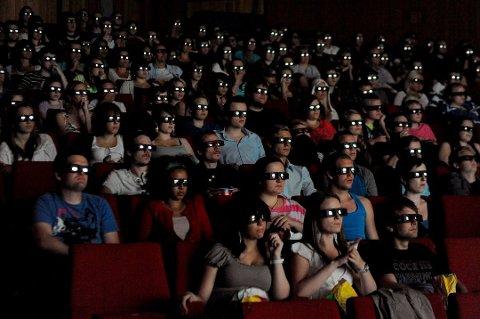 Dersom det blir innført restriksjonar på kinoane i Noreg, vil bransjen tape mykje pengar, slår Film og Kino fast. (Illustrasjonsfoto frå arkivet: Foto: Jonn Karl Sætre).