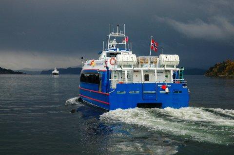 FORUREINING: Konvensjonelle snøggbåtar står for høge utslepp per passasjer.