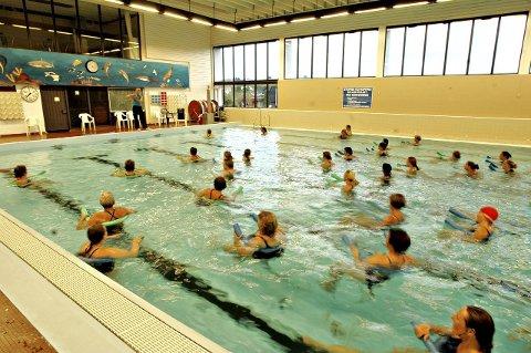 ÅPNER IGJEN TORSDAG: Svømmehallen vil være åpen fra torsdag 27. desember til søndag 30. desember.