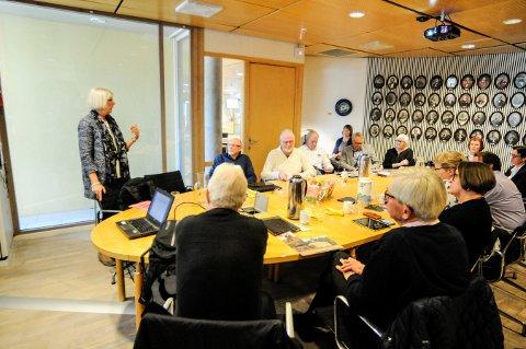 I FORMANNSKAPET: Alfhild Skaardahl orienterte om Bergverksmuseet i formannskapet i Kongsberg, onsdag.