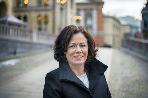 Barne- og likestillingsminister Solveig Horne (Frp) sier til Laagendalsposten at barnevernstjenesten i Kongsberg er er et forbilde for resten av kommune-Norge.