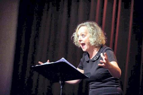 KÅSØR OG SKUESPILLER: Marianne Meløy beskrives som et fyrverkeri på scenen.