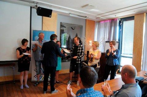 Jernia Magnussen har vunnet serviceprisen to ganger. I andre halvdel av februar, blir det avgjort hvem som vinner årets utgave.