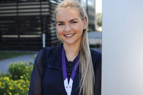 MANGE VEIER TIL MÅLET: Anne Grete Stangeland fra Borgegrend har alltid likt alle fagene på skolen. Og nå får hun sjansen til å kombinere alt hun synes er gøy i sommerjobben på TechnipFMC.