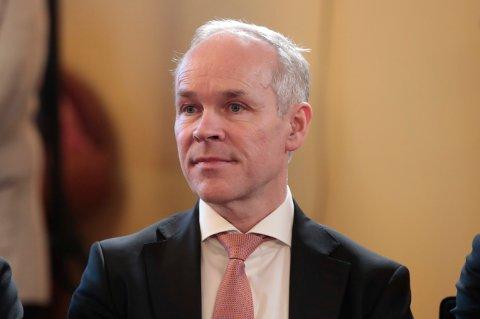 STATSRÅDEN: Kunnskaps- og integreringsminister Jan Tore Sanner sier at alle barn har rett til en trygg skolehverdag.