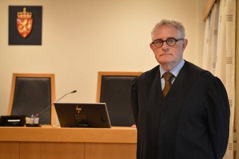 Argumenterte for strafferabatt: Kongsberg-mannens forsvarer, Paal Berg Helland, mente klienten sin burde få fradrag i straffen eller betinget straff, blant annet på grunn av at saken ble liggende lenge hos politiet. Bildet er fra rettssaken 5. juni.