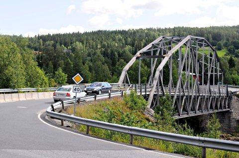 SVENE: Ny Grettefoss bru skal planlegges. 16. juni inviteres lokalbefolkningen til åpent møte.
