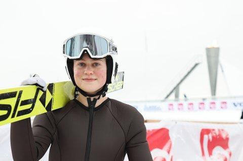 VM-AKTUELL: Ingrid Hordvik Kleven er en av fem jenter, som kjemper om en plass på VM-laget i hopp. Foto: Geir Olsen / NTB