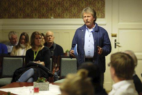 FRA RIS TIL ROS: Grunneier Nils Chr. Gevelt har fått mye kjeft for arbeidet som er utført på den omtalte Kværner-tomta. Nå får han ros av politikerne.