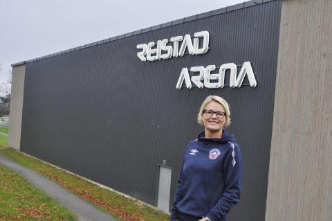 Daglig leder: Brita Sangolt skal drive Reistad Arena og Reistad IL framover, og håper å gjøre en forskjell. FOTO: Guro Haverstad Torgersen