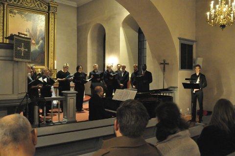 FLOTT: Med et variert repertoar og ulike instrumenter ble konserten i Frogner kirke en fin avslutning på uka for publikum. FOTO: Guro haverstad torgersen