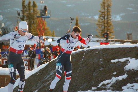 Sterkt NM-løp: Aleksander Morsund Karlsen (nr 35) ble til slutt nummer 15 på NM-sprinten i skiskyting lørdag. 22-åringen var kun 59 sekunder bak seierherre og landslagsløper Lars Helge Birkeland.