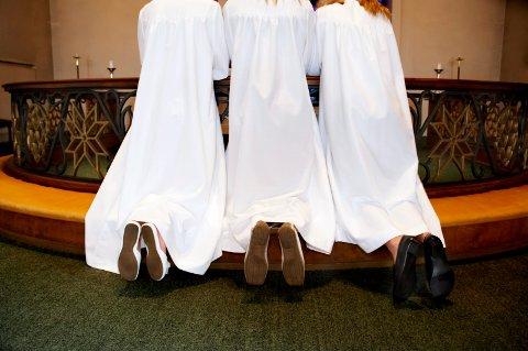 Fire uker med konfirmasjoner: Endelig kan årets konfirmanter feires. Det gjøres i kirkene i Lier over fire uker.