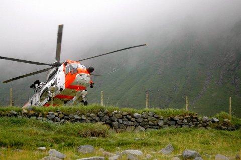 Det norske SeaKing blir tidvis brukt som ambulansehelikopter, men får sjelden samme oppdrag som de svenske ambulansehelikoptrene.