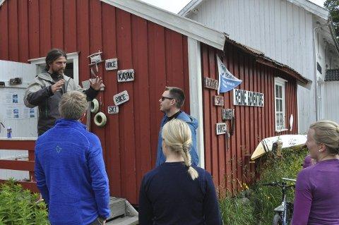 Tidligere kom turistene til Lofoten som passive tilskuere. Nå er de aktive i fjellet og på sjøen.